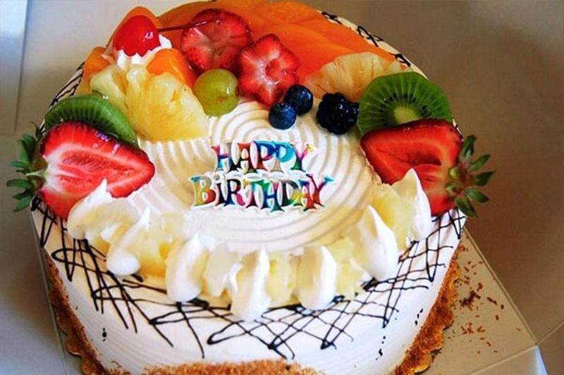 Top 5 mẫu bánh kem siêu dễ thương để đặt tiệc sinh nhật bé gái